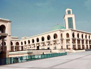 Kayı İnşaat Cezayir'in en büyük camisini tamamladı