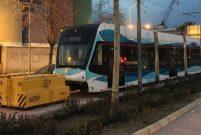 İzmir Konak tramvayı raylara indi