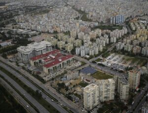 Antalya'nın 2040'a kadar 952 bin yeni konuta ihtiyacı var