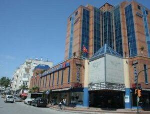 Doğuş Holding, Antalya 2000 Plaza'yı zararına sattı