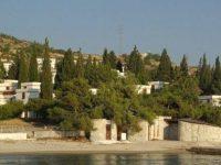 İhaleye çıkan Foça Fransız Tatil Köyü'nün fiyatı tepki çekti