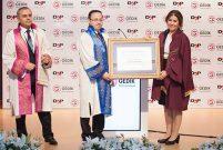Gedik Üniversitesi'nden Ziya Yılmaz'a Fahri Doktora unvanı