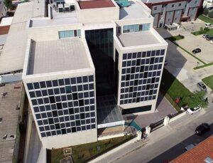 Akıllı binanın pencereleri elektrik üretecek
