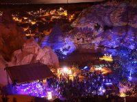 Cappadox Festivali'nde Peribacaları ışığa boyandı