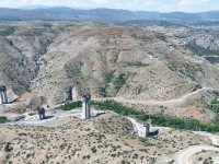 Türkiye'nin en yüksek ayaklı Eyiste Viyadüğü yükseliyor