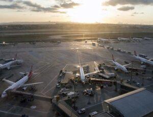 Her 100 kilometreye bir havalimanı hedefinde yeni adım
