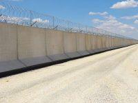 Suriye sınırına 564 km'lik duvar örüldü