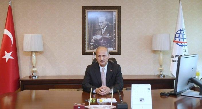 Ulaştırma Bakanı Turhan'dan projeleri hızlandırın talimatı