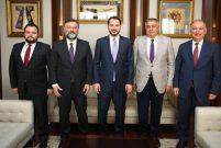 Bakan Albayrak inşaat sektörü temsilcileriyle buluştu