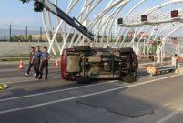 Avrasya Tüneli girişinde kaza, 3 gişe trafiğe kapatıldı