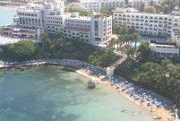 Kuşadası'nın 54 yıllık oteli el değiştirdi