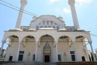 Taş Camii açılış için gün sayıyor