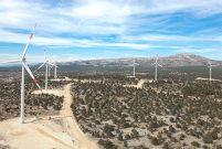 Akfen Enerji, 13 rüzgar ve güneş enerjisi santrali kuruyor
