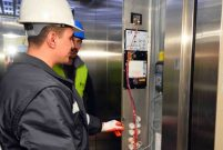 Bakanlık uyardı: Kırmızı etiketli asansörlere binmeyin