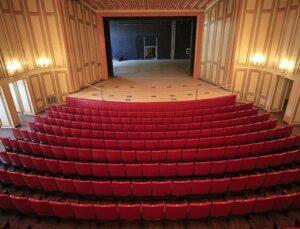Tarihi opera binası 70 yıl önceki görünümüne kavuştu