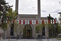 Hulusi Akar'ın yaptırdığı cami cumartesi ibadete açılacak