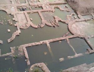 İzmir'de inşaat alanındaki kalıntı imparatorluk salonu çıktı