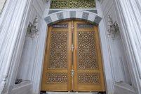 Çamlıca Camisi'ne 6 tonluk kündekari kapı