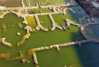 İzmir'deki Antik Roma dönemine ait kalıntılar su altında