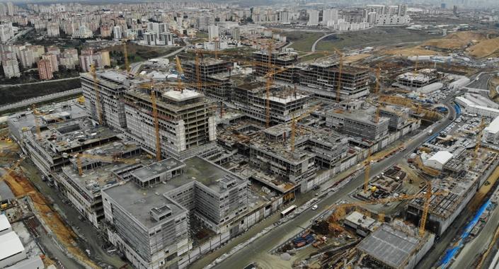 Başakşehir Şehir Hastanesi'nin yüzde 35'i tamamlandı