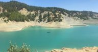 Menzelet Baraj Gölü'ne tekne yanaşma yerleri yapılıyor