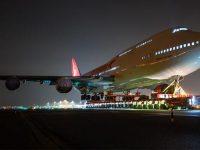 Village Hotel Amsterdam'ın bahçesine jumbo jet kondu