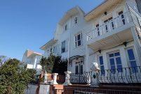 İkiz Andonaki Yalıları'ndan biri 55 milyon TL'ye satışta