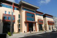 Arazisine el konan Yunan vatandaşı belediyeye icra yolladı