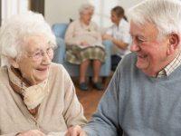Nüfus yaşlanıyor, yaşlı bakım evlerine ihtiyaç artıyor