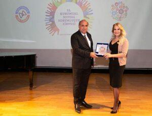 Ant Yapı Sektörüne İlham Veren Kurum Ödülü'nü aldı