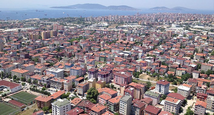 Kadıköy'deki binaların yüzde 25'i 20 yaşının altında