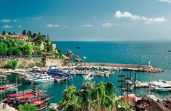 Antalya'da konut metrekare satış fiyatı 2.653 TL