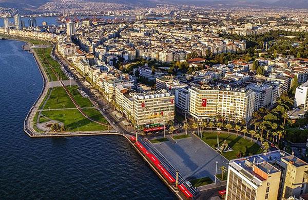 Konutta yatırımcının gözü İzmir'de