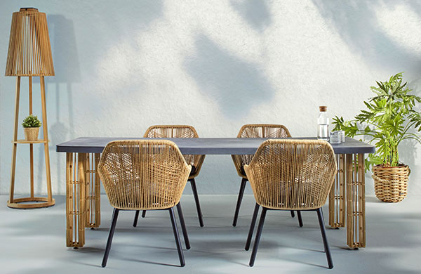 Muz kabuğu mobilyalar ile bahçelerde tropik esinti