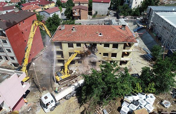 Nihat Şen: Riskli binaların sadece yüzde 10'u yenilendi