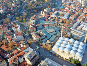 Bursa'nın Hanlar Bölgesi'nde kentsel dönüşüm başladı