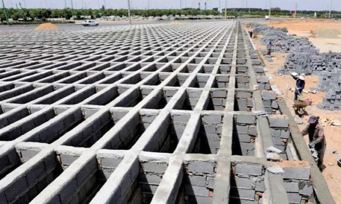 Tahran'da 4 katlı mezarlık yapılıyor