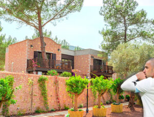 Burak Yılmaz Bodrum'da lüks villa satın alıyor