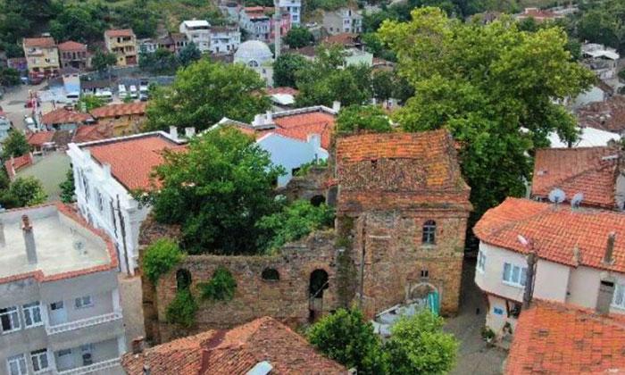 Bursa'da satılık 600 yıllık kilise!