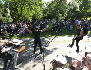 Bunalan İstanbulluya İBB'den Sahnem İstanbul Konserleri